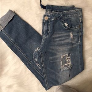 """Almost Famous Size 11 Destroyed Cropped 26""""Inseam"""